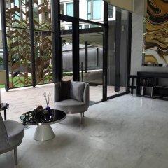Отель Arthouse Uptown Phuket Таиланд, Пхукет - отзывы, цены и фото номеров - забронировать отель Arthouse Uptown Phuket онлайн интерьер отеля