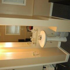 Отель Cambie Lodge B&B Канада, Ванкувер - отзывы, цены и фото номеров - забронировать отель Cambie Lodge B&B онлайн ванная фото 2