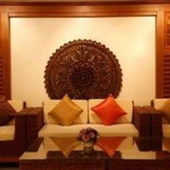 Отель Baan Yuree Resort and Spa интерьер отеля