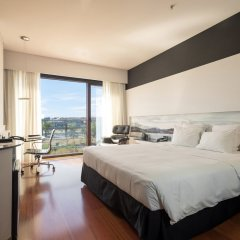 Отель Hilton Madrid Airport Мадрид комната для гостей