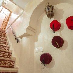 Отель Dar Ikalimo Marrakech ванная фото 2