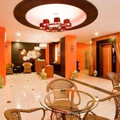 Отель Deva Suites Patong интерьер отеля фото 3