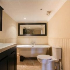 Отель Central 2 Bedroom Seafront Flat in Kemp Town Кемптаун ванная