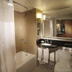 Отель New York Hilton Midtown США, Нью-Йорк - отзывы, цены и фото номеров - забронировать отель New York Hilton Midtown онлайн ванная фото 6