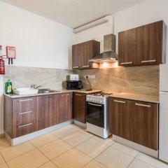 Отель Seashells Self Catering Apartment Мальта, Буджибба - отзывы, цены и фото номеров - забронировать отель Seashells Self Catering Apartment онлайн
