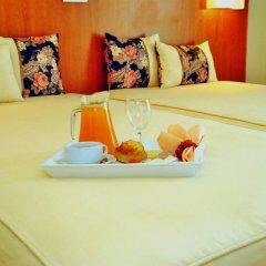 Hotel Apolo в номере