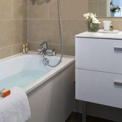 Отель Citadines Croisette Cannes Франция, Канны - 8 отзывов об отеле, цены и фото номеров - забронировать отель Citadines Croisette Cannes онлайн ванная фото 2