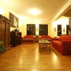Отель Royal Astoria Hotel Непал, Катманду - отзывы, цены и фото номеров - забронировать отель Royal Astoria Hotel онлайн интерьер отеля фото 2
