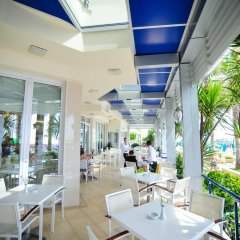 Iliria Internacional Hotel интерьер отеля фото 3