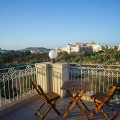Отель Country Views Bed & Breakfast балкон
