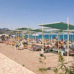 Carelta Beach Resort & Spa Турция, Кемер - отзывы, цены и фото номеров - забронировать отель Carelta Beach Resort & Spa онлайн пляж фото 2