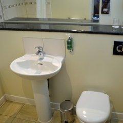 Best Western Kings Manor Hotel ванная