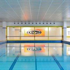 Oly Hotel бассейн