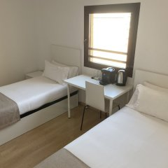 Ginosi Pedralbes Hotel Барселона комната для гостей фото 5