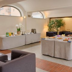 Отель NH Torino Santo Stefano Италия, Турин - 1 отзыв об отеле, цены и фото номеров - забронировать отель NH Torino Santo Stefano онлайн помещение для мероприятий