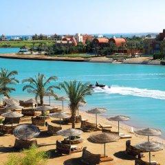 Отель Steigenberger Golf Resort El Gouna Египет, Хургада - отзывы, цены и фото номеров - забронировать отель Steigenberger Golf Resort El Gouna онлайн пляж