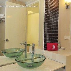 Отель Zen Rooms Panurangsri Бангкок ванная фото 2