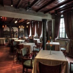 Отель Holland House Residence Old Town питание