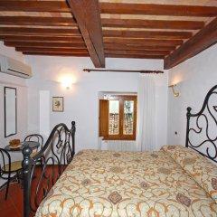 Отель A La Casa Dei Potenti Италия, Сан-Джиминьяно - отзывы, цены и фото номеров - забронировать отель A La Casa Dei Potenti онлайн интерьер отеля
