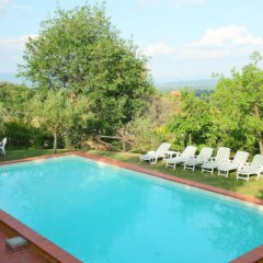 Отель Poggio Cuccule Монтеварчи бассейн фото 3