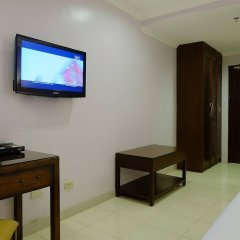 Отель Palazzo Pensionne Филиппины, Себу - отзывы, цены и фото номеров - забронировать отель Palazzo Pensionne онлайн удобства в номере фото 2