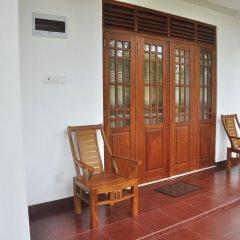Отель Supun Villa Шри-Ланка, Бентота - отзывы, цены и фото номеров - забронировать отель Supun Villa онлайн балкон