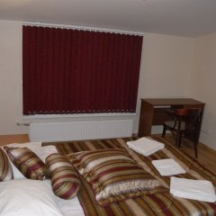 Отель Knights Court Guest House фото 4