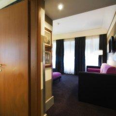 Отель Panama Garden сейф в номере