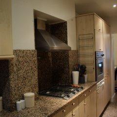 Апартаменты 1 Bedroom Apartment in Knightsbridge в номере