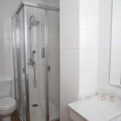 Отель Hostal Santa Catalina Испания, Кониль-де-ла-Фронтера - отзывы, цены и фото номеров - забронировать отель Hostal Santa Catalina онлайн ванная