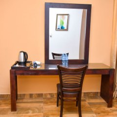 Отель Aradhana Airport Hotel Шри-Ланка, Негомбо - отзывы, цены и фото номеров - забронировать отель Aradhana Airport Hotel онлайн