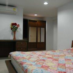 Апартаменты Suvarnabhumi Apartment комната для гостей