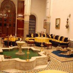 Отель Riad Lalla Zoubida Марокко, Фес - отзывы, цены и фото номеров - забронировать отель Riad Lalla Zoubida онлайн помещение для мероприятий фото 2