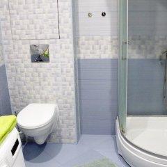 Гостиница LOFT STUDIO Oktyabrya 48 в Реутове отзывы, цены и фото номеров - забронировать гостиницу LOFT STUDIO Oktyabrya 48 онлайн Реутов ванная