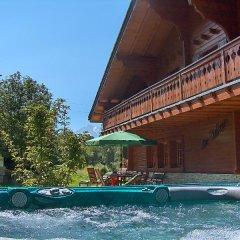 Отель Les Cèdres Нендаз бассейн