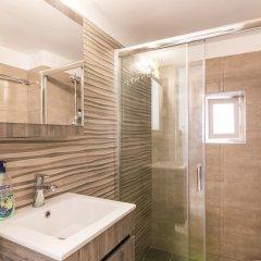 Отель Mitropolis Old Town Apartment Греция, Корфу - отзывы, цены и фото номеров - забронировать отель Mitropolis Old Town Apartment онлайн ванная