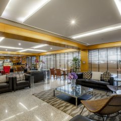 Golden Sands Hotel Apartments интерьер отеля