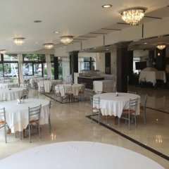 Отель Four Seasons Hotel Греция, Ферми - 1 отзыв об отеле, цены и фото номеров - забронировать отель Four Seasons Hotel онлайн питание