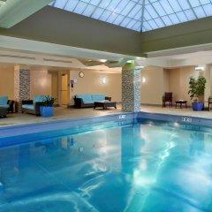 Отель Hampton Inn & Suites Columbus - Downtown бассейн
