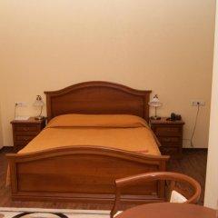 Гостиница Пионер Люкс в Саратове 8 отзывов об отеле, цены и фото номеров - забронировать гостиницу Пионер Люкс онлайн Саратов сейф в номере
