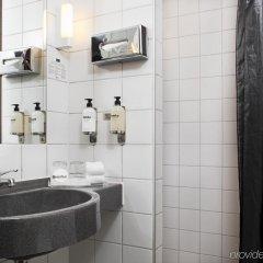 Hotel Scandic Kungsgatan Стокгольм ванная