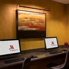 Отель Crystal City Marriott at Reagan National Airport интерьер отеля фото 2