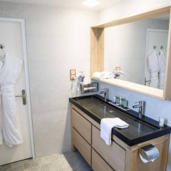 Hotel Cristal & Spa Канны ванная фото 2
