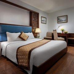 Skylark Hotel комната для гостей