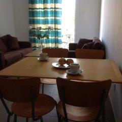 Отель Alecos Hotel Apartments Кипр, Пафос - отзывы, цены и фото номеров - забронировать отель Alecos Hotel Apartments онлайн комната для гостей фото 2