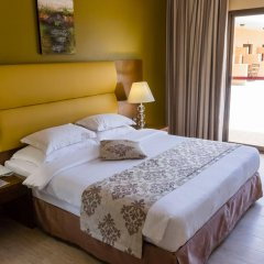 Отель Beach Resort by Bin Majid Hotels & Resorts комната для гостей фото 5