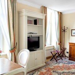 Отель Residence St. Andrew's Palace Польша, Варшава - отзывы, цены и фото номеров - забронировать отель Residence St. Andrew's Palace онлайн удобства в номере фото 2