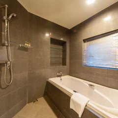 Отель Somerset Garden City Shenzhen Hotel Китай, Шэньчжэнь - отзывы, цены и фото номеров - забронировать отель Somerset Garden City Shenzhen Hotel онлайн ванная фото 2