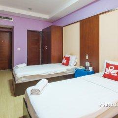 Отель Zen Rooms Surasak 2 Бангкок комната для гостей фото 3