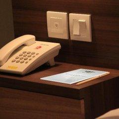 Отель Grand Barong Resort сейф в номере